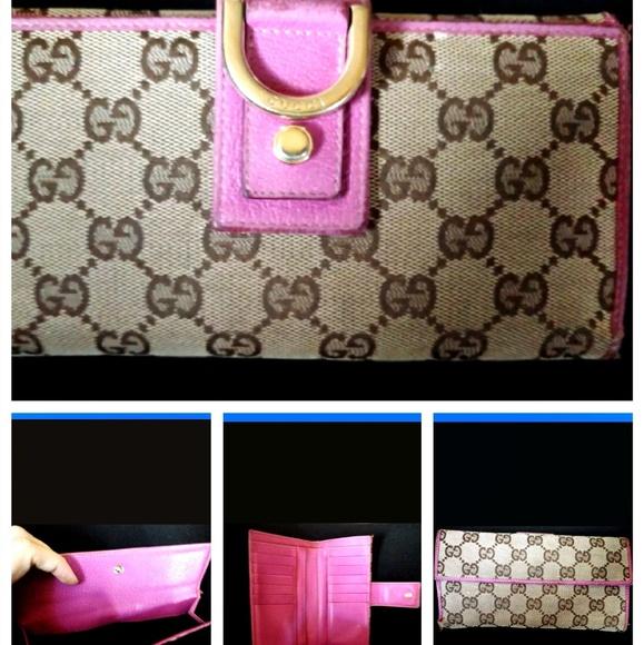 f0af83b0711c Gucci Handbags - SALE!💜100% Gucci 💜Vintage Tri-fold Wallet